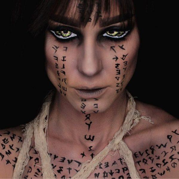 Мумия с татуировками