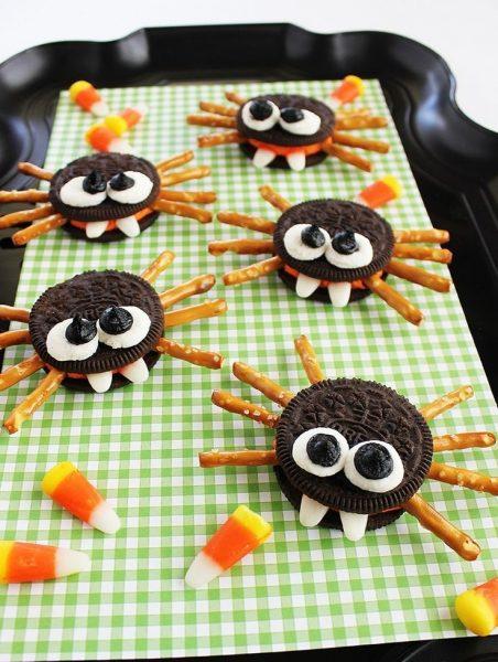 Печенье в виде пауков
