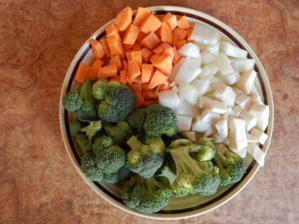 Суп-пюре из брокколи шаг 1