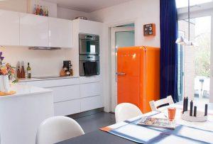 Яркий холодильник