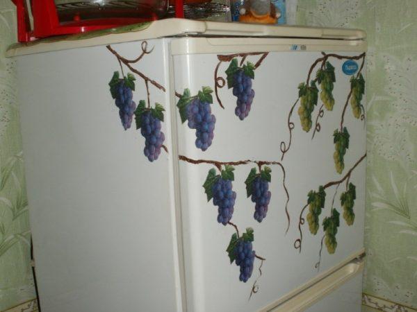 Декупаж гроздями винограда