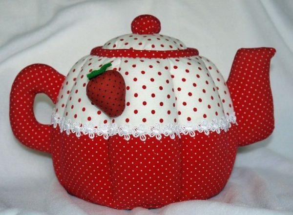Объёмная грелка в виде чайника