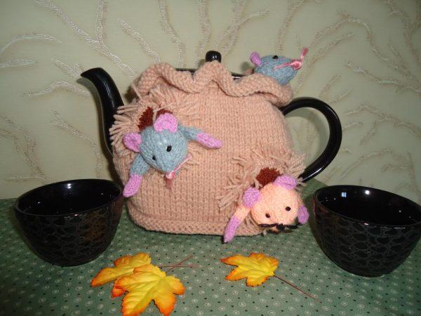 Мышки на чайнике