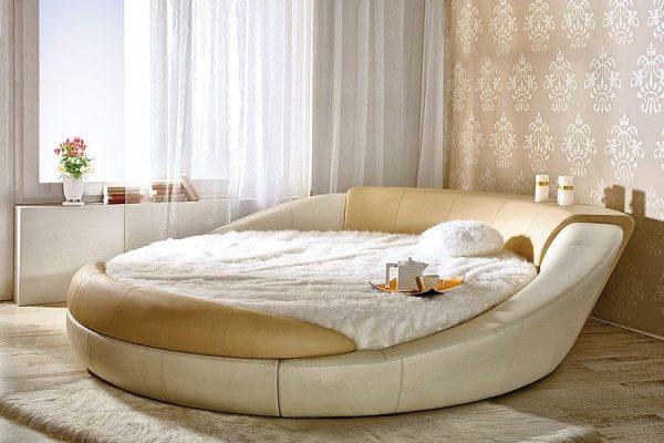 Обтекаемая кровать