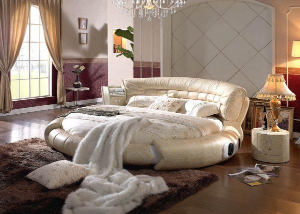 Интересный вид круглой кровати