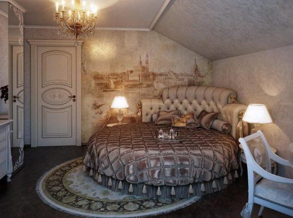 Круглая кровать в углу