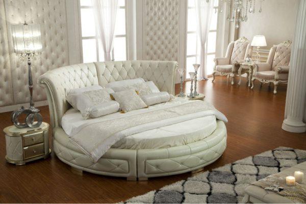 Роскошная круглая кровать