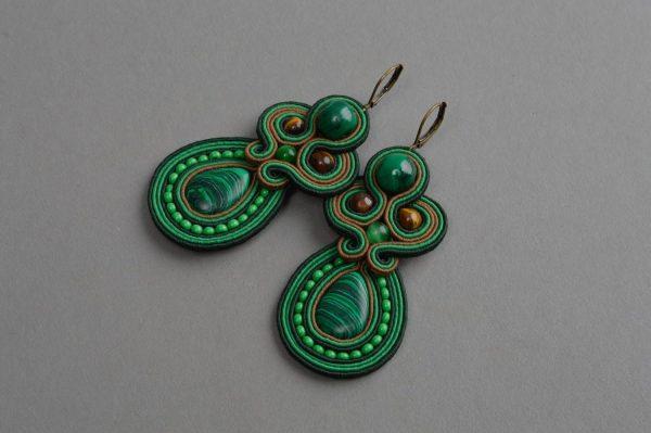 Серьги в зелёном цвете